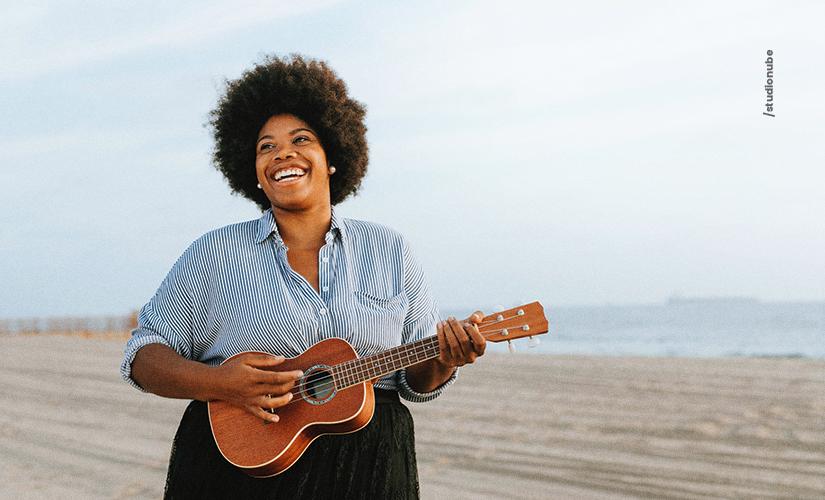5 benefícios de ouvir música